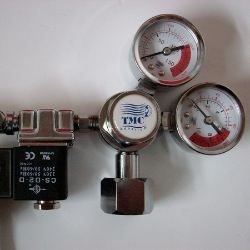 TMC V2 CO2 Pressure Regulator Pro CGA